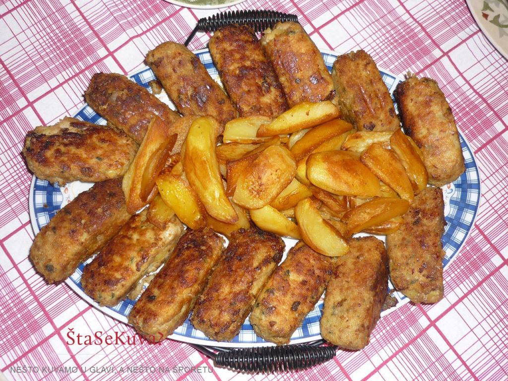 Argentinski ćevapi sa pečenim krompirima u prilogu
