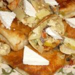 Tortilje na moj način, punjene povrćem i belim pilećim mesom, dekorisano feta sirom