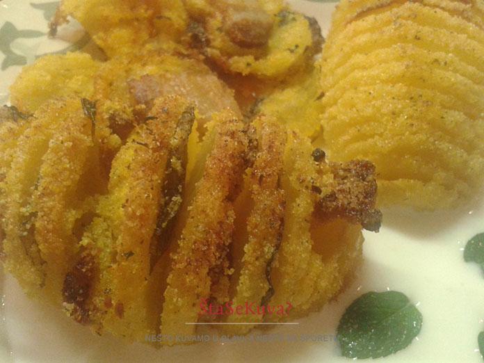 hrskavi-aromaticni-krompir-iz-rerne