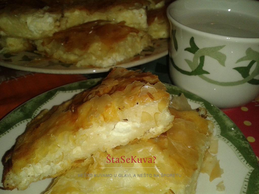 srpska-gibanica-guzvara-sa-sirom