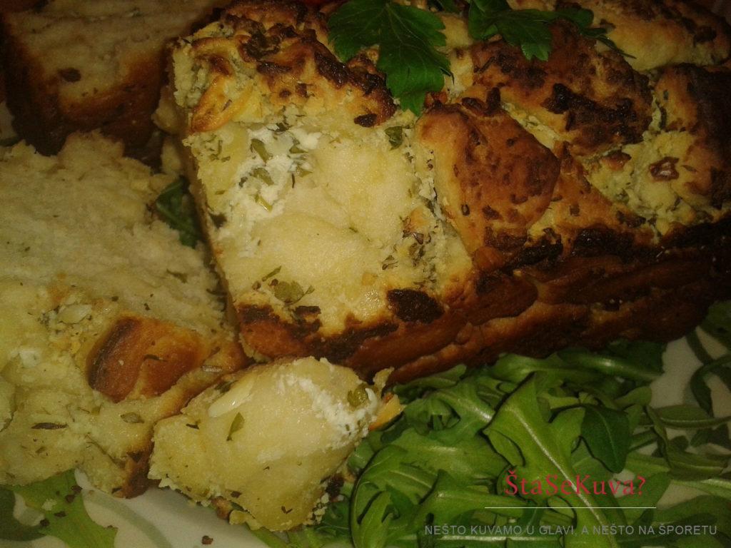 Lučani hleb sa belim sirom