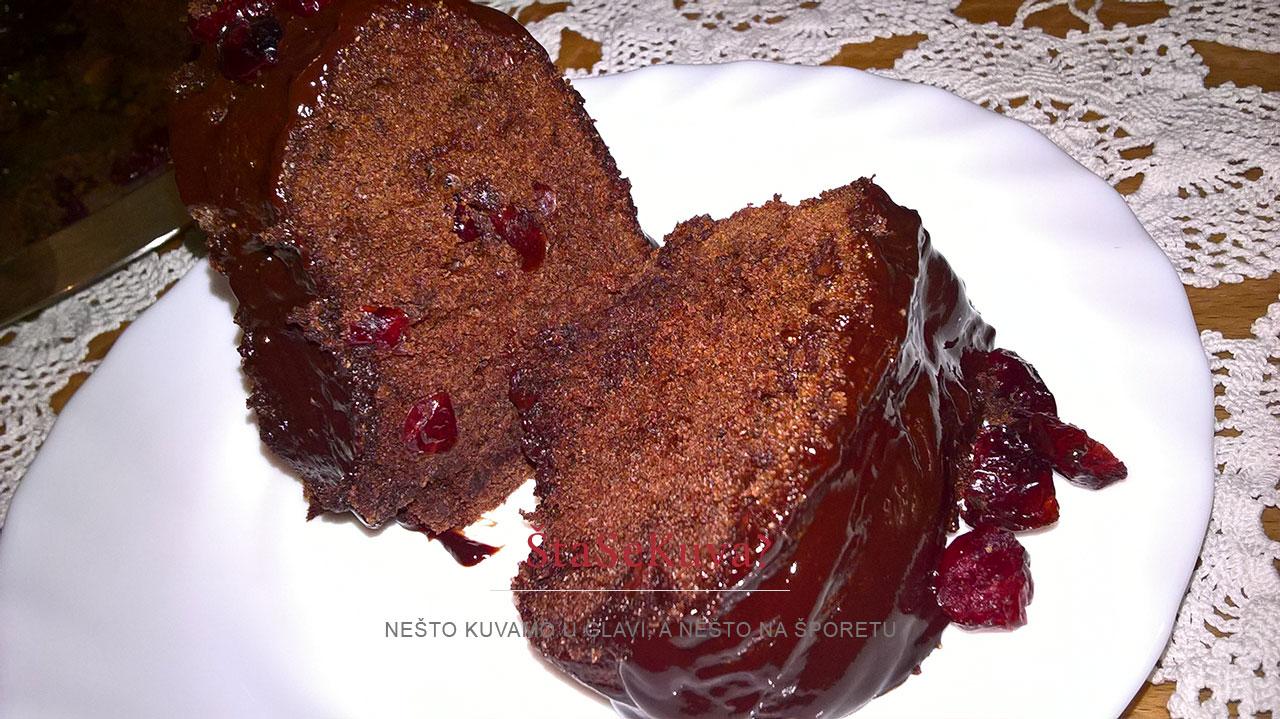 čokoladno kuglof sa brusnicama